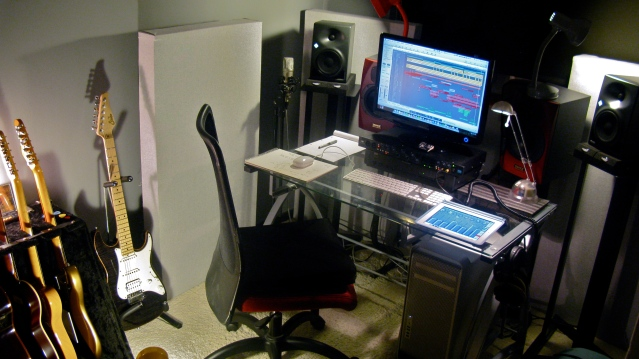 Online session guitarist. guitar tracks online, session guitar UK, best UK session guitar tracks