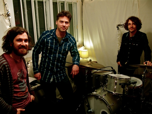 Online session band recording, live band tracks